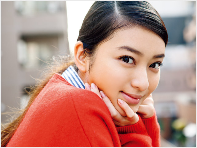 武井咲の高校生の妹が美人で可愛い!家族写真や構成を調査!【画像】