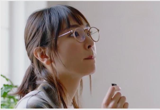 「新垣結衣 メガネ」の画像検索結果