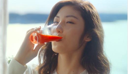 【リコピンリッチCM】美味しそうにトマトジュースを飲む女優は誰?