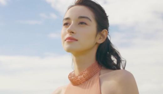 アピセラピーコスメティックス『RJ』化粧水CMで菜の花畑に立つ女優は誰?