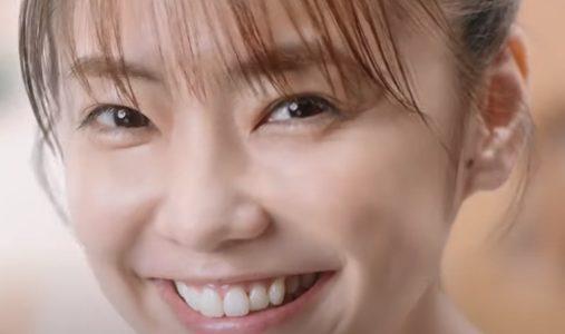 花王『ビオレ泡クリームメイク落とし』CMに出演している女優は?倉科カナ(くらしな)さん
